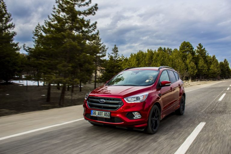 FORD KUGA; 1.5 TDCi – POWERSHIFT (2017)