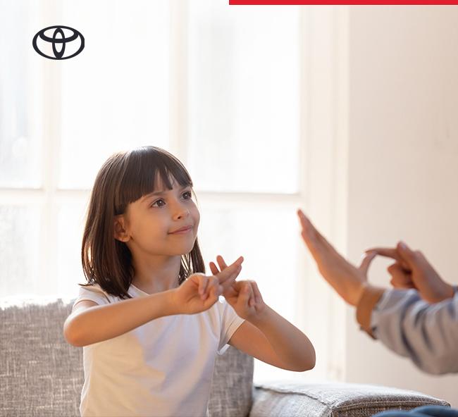 Toyota işitme engelliler için görüntülü iletişim olanağı sunan hattı kullanıma sundu