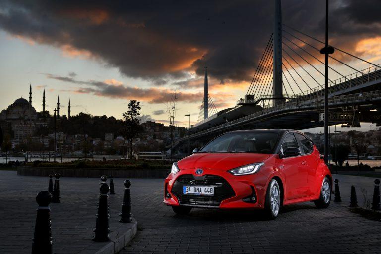 Yeni Toyota Yaris Satışa Sunuldu
